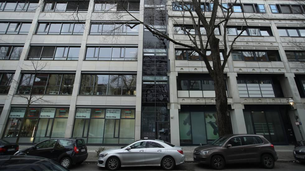 Un edificio donde se encuentra una oficina de la Asociación Europea de Estudios sobre la Salud y el Medio Ambiente en el transporte (EUGT), en Berlín.