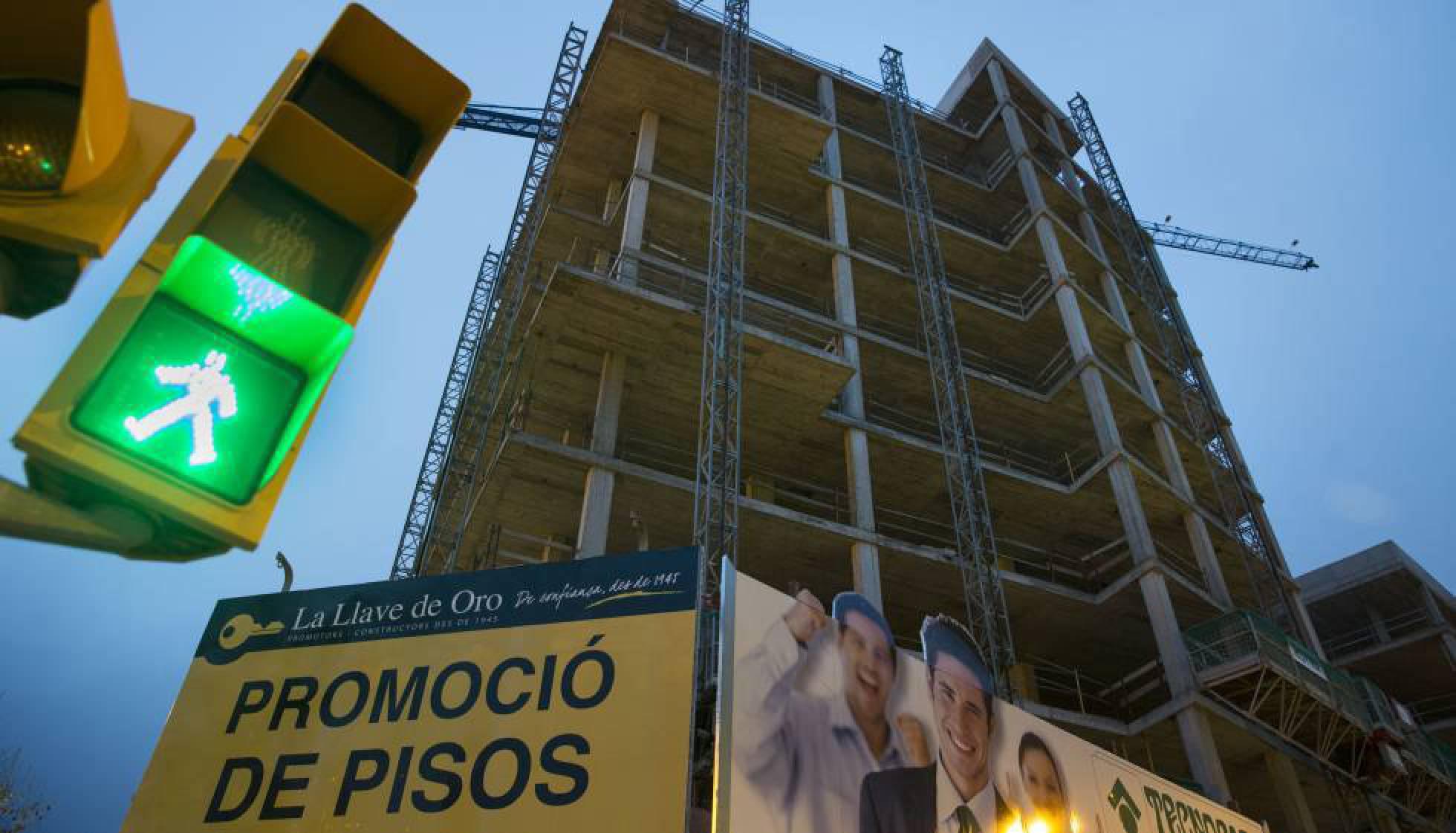 S&P advierte de la desaceleración del mercado de la vivienda en Cataluña