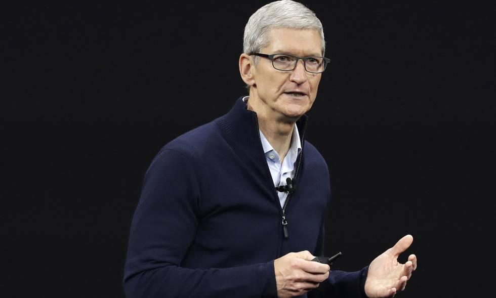 El consejero delegado de Apple, Tim Cook, en una presentación.