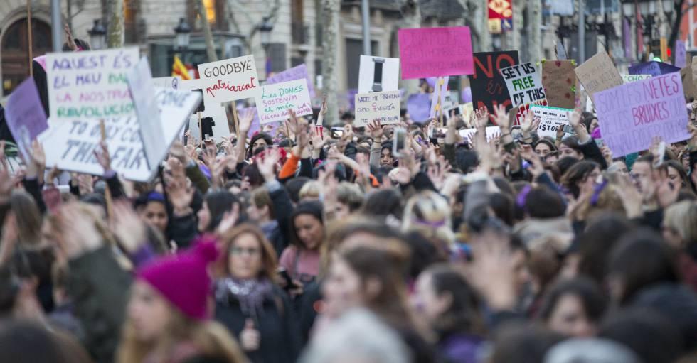 Manifestación feminista del 8 de Marzo en Barcelona