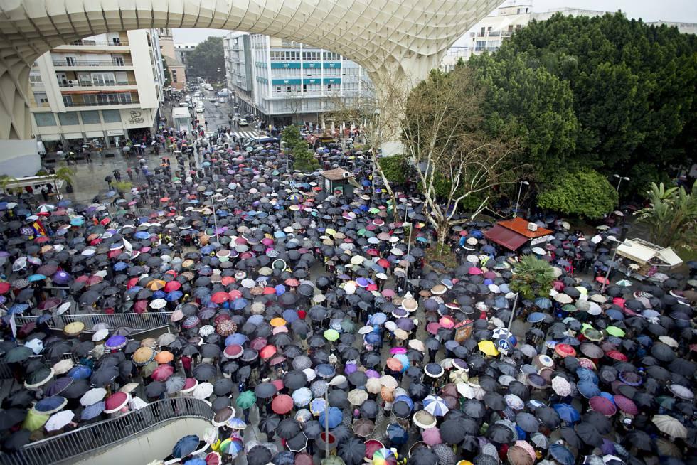 Manifestación por las pensiones en Sevilla.