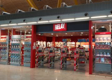 Spanish airports will have to sell bottles of water for €1
