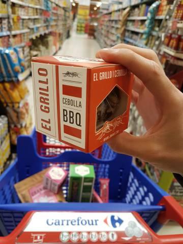 Alimento de Carrefour de grillo.
