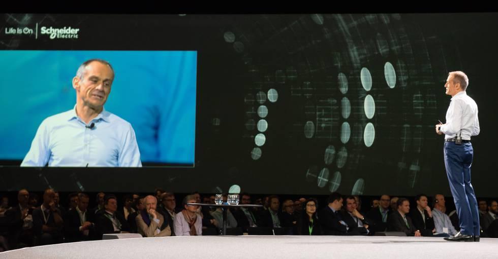 Jean-Pascal Tricoire, consejero delegado de Schneider Electric, en su intervención en el Innovation Summit Paris.