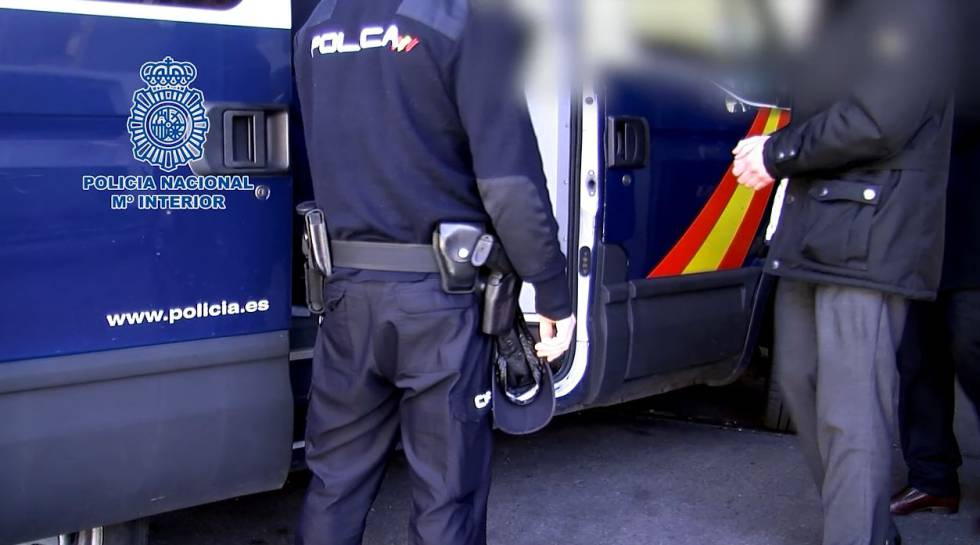 Detenciones realizadas tras el registro.