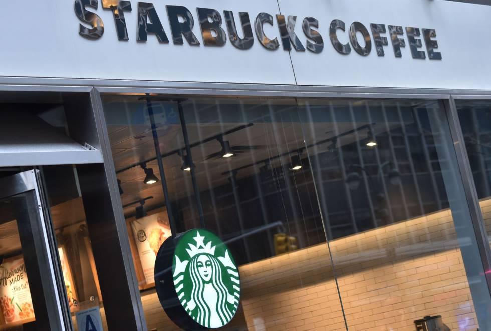 Una cafetería de Starbucks Coffee en Nueva York.