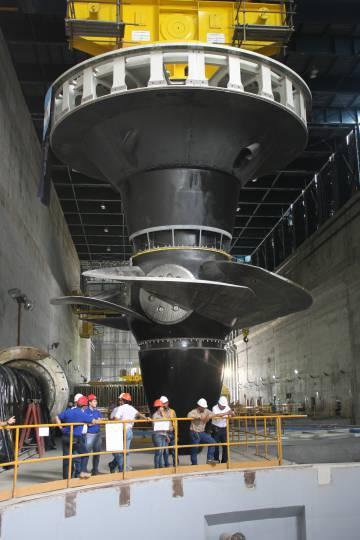 Turbina Kaplan fabricada por la empresa Argentina Impsa.