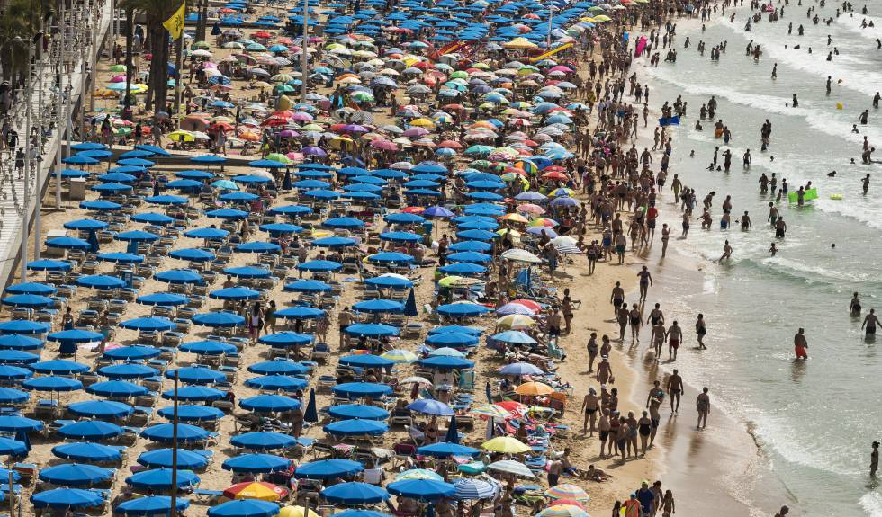 Could Spain's thriving tourism industry be coming to a standstill?