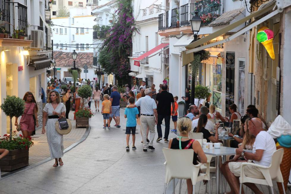 Summer vacation: International tourist arrivals slowing down