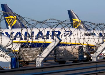 Ryanair told to operate all Spanish island flights during Friday strike