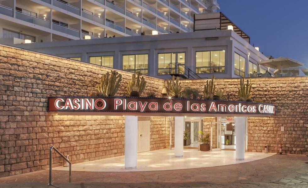 Entrada del casino Playa de las Americas en Adeje (Tenerife). b1b238f655a