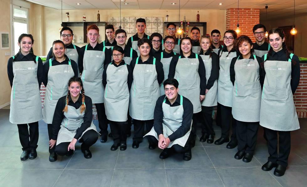 En esta edición del programa Creamos Oportunidades en Hostelería han participado 60 nuevos alumnos y 21 en su año de prácticas.