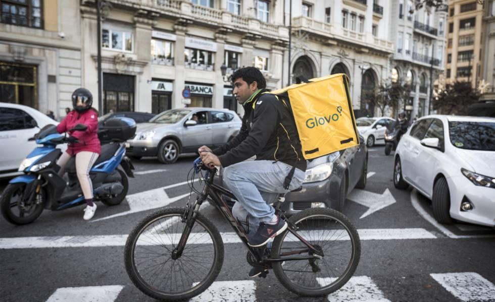 La Inspección de Trabajo en Valencia dice que 200 repartidores de Glovo son falsos autónomos