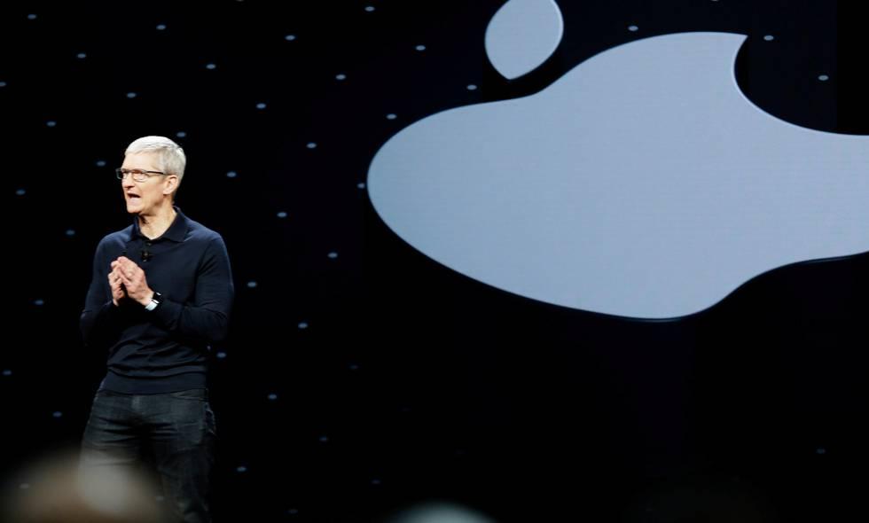 El director ejecutivo de Apple, Tim Cook, en la conferencia mundial de desarrolladores de Apple celebrada en California.