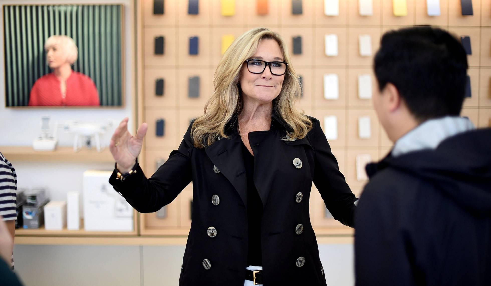 La ejecutiva que pilotó el plan de expansión de tiendas de Apple deja la compañía