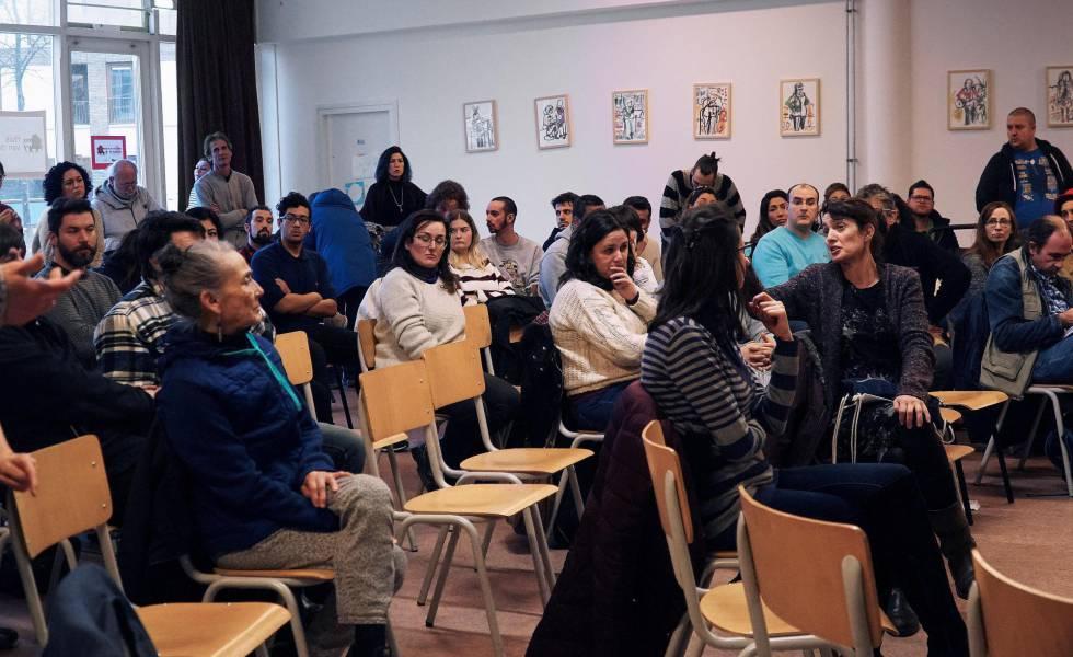 Sesión informativa para españoles sobre el sistema laboral holandés, en Ámsterdam.
