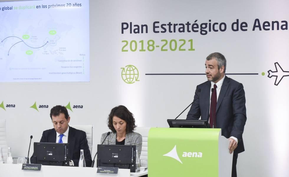 El presidente de AENA, Maurici Lucena, presenta el Plan Estratégico 2018-2021 de la compañía.
