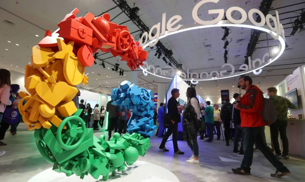 Expositor de Google en una feria de desarrolladores de juegos en San Francisco, California, el pasado día 20.