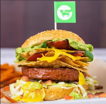 Um dos hambúrgueres que a Beyond Meat promove em seu site