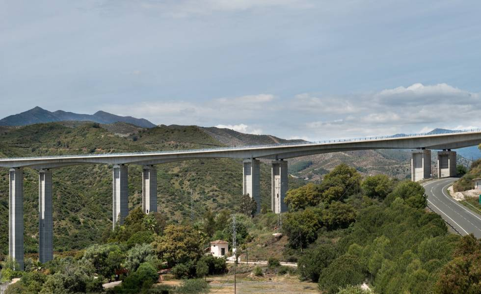 Ferrovial y Unicaja venden el 85% de la autopista de la Costa del Sol por 584,6 millones