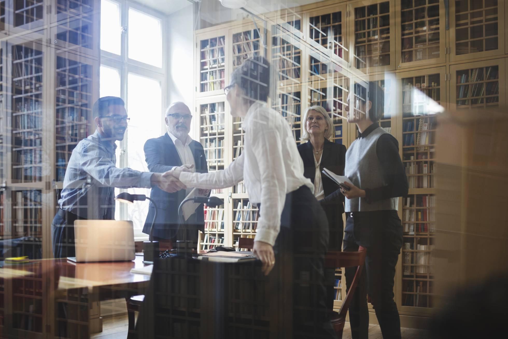 Las empresas no quieren gastar tanto en abogados