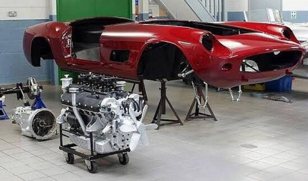 405484f9f La Policía de Brasil descubre una fábrica de coches Ferrari y Lamborghini  falsos
