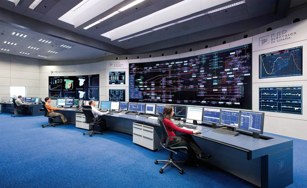 El grupo Red Eléctrica cierra la compra de Hispasat y consigue arañar 16 millones al precio final