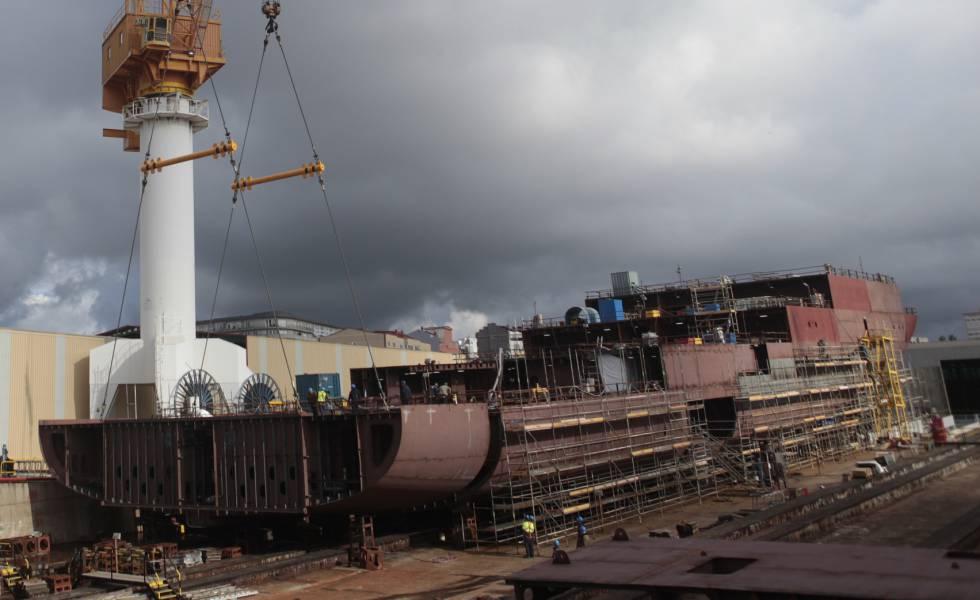 Barco en construcción en el astillero de Barreras, en Vigo.