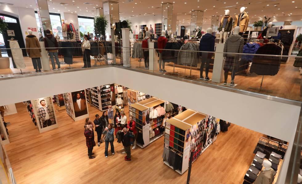 Así es la tienda de Uniqlo en Madrid | Economía | EL PAÍS