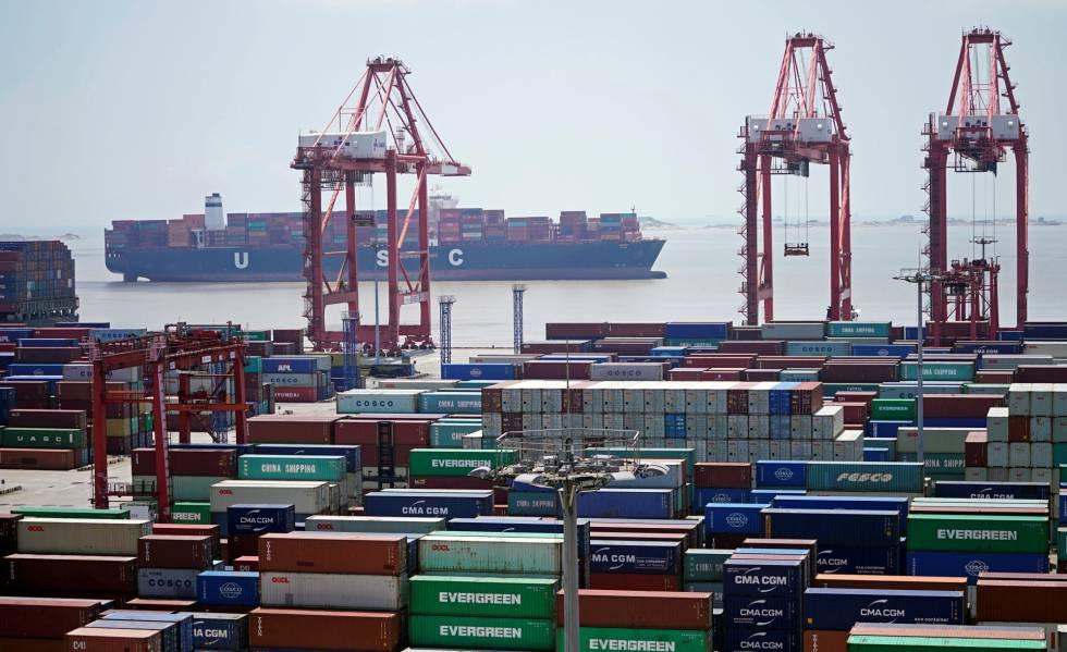 Contenedores en el puerto chino de Shanghái, el pasado agosto.