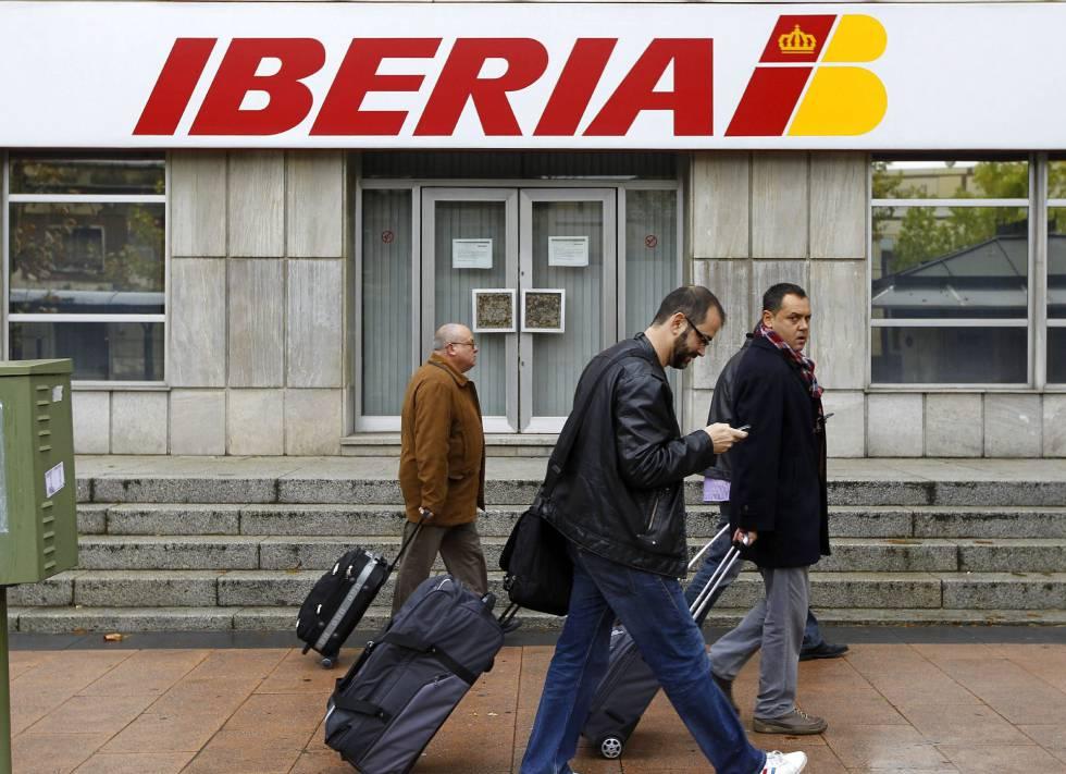 Fachada de la sede central de Iberia en Madrid.