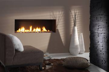 Fireplace that realistically mimics fire.