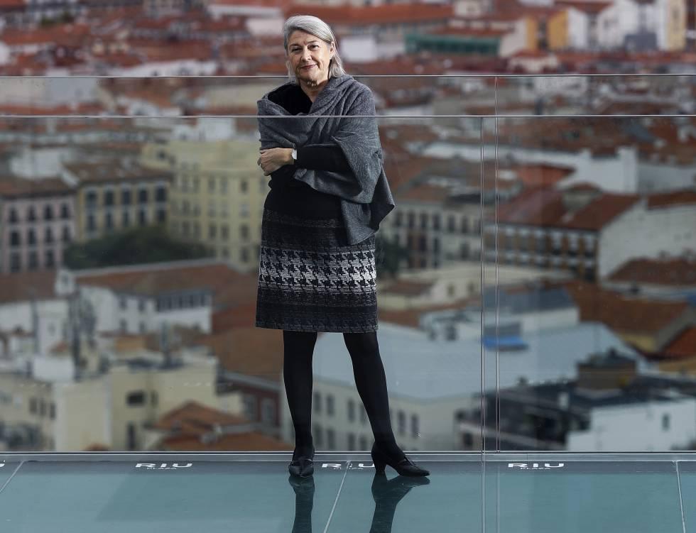 Carmen Riu en la terraza del hotel Riu Plaza, en Madrid.