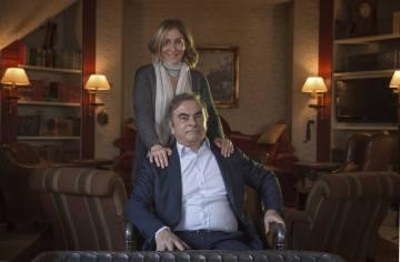 Carlos Ghosn mit seiner Frau Carole am Donnerstag in Beirut.