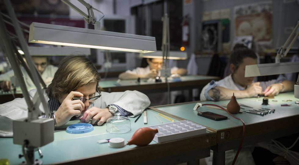 La Gran Empresa Se Pelea Por Los Técnicos De Fp Economía El País