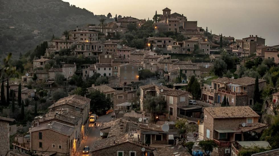 Deià: el pueblo que tiene más viviendas turísticas que habitantes