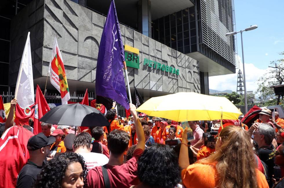 Una huelga masiva paraliza Petrobras y eleva el riesgo de desabastecimiento de gasolina en Brasil