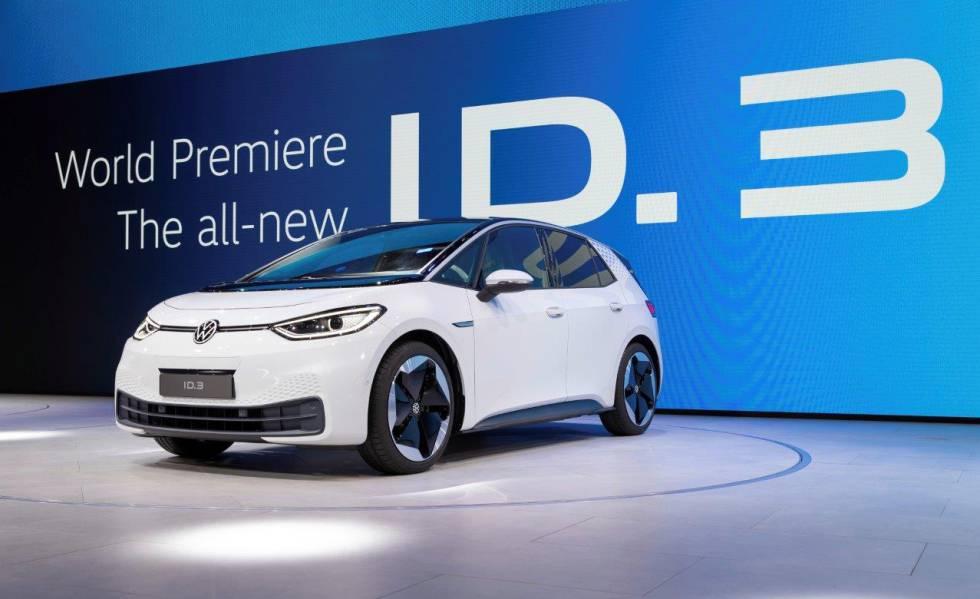 El ID.3 es compatible con todo tipo de recargas: desde los enchufes domésticos de 2,3 kW a los supercargadores más potentes de hasta 125 kWh.