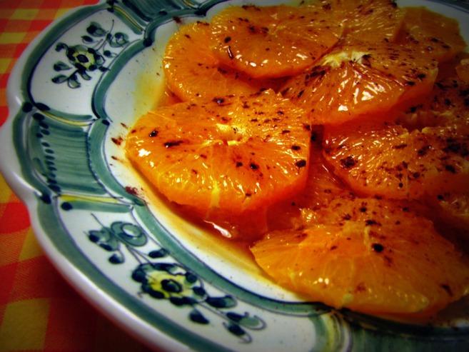 Naranjas caramelizadas con cacao y canela