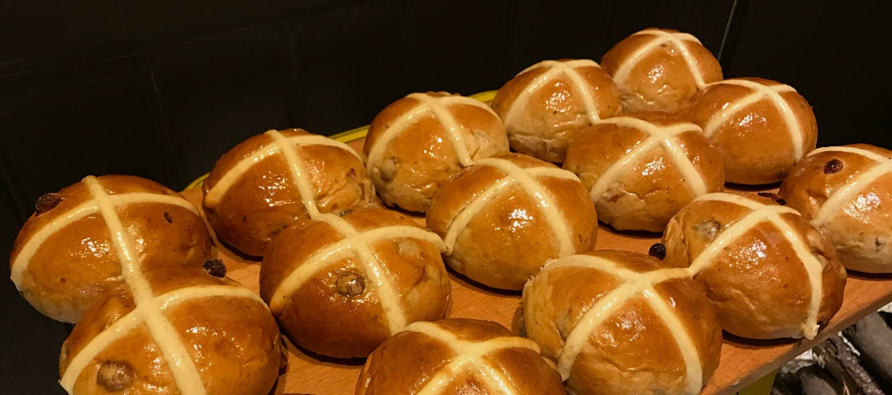 Panecillos de pascua o 'hot cross buns'
