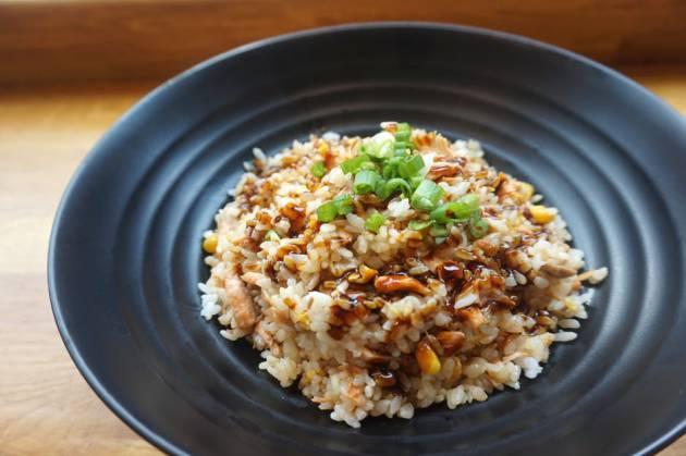 10 platos rápidos con arroz para salir del paso | El Comidista EL PAÍS