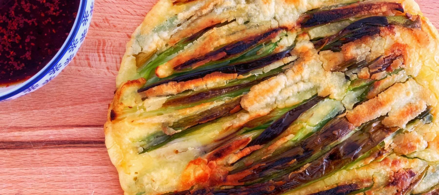 'Haemulpajeon': tortilla coreana de cebolleta y marisco