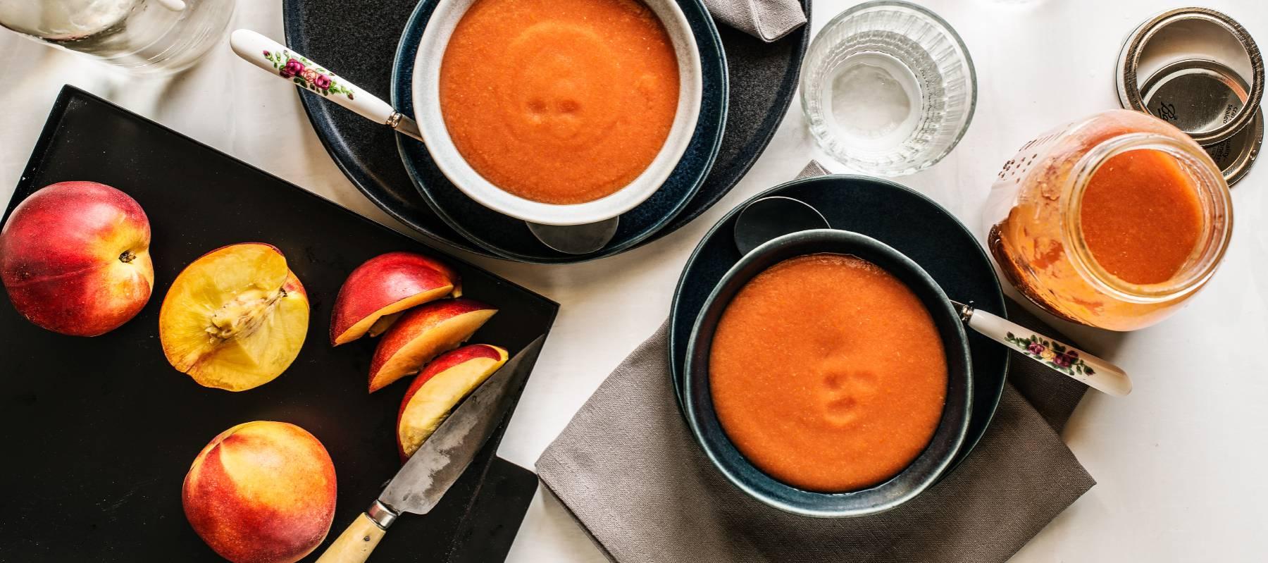 Gazpachos con fruta que no son un crimen contra el gazpacho