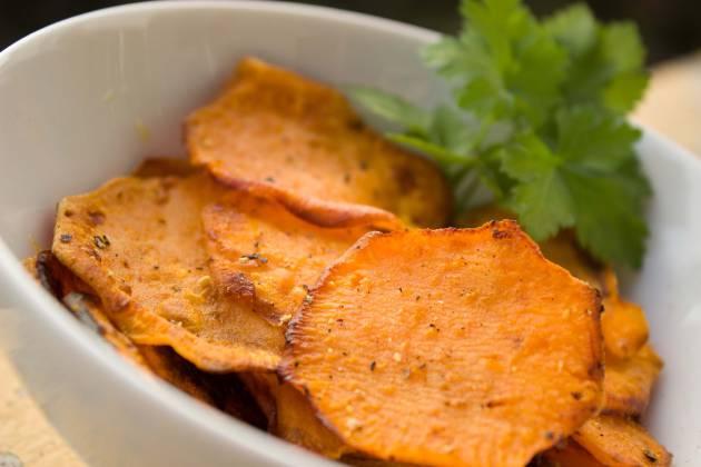 Las Cuatro Formas De Hacer Chips De Verduras El Comidista El País