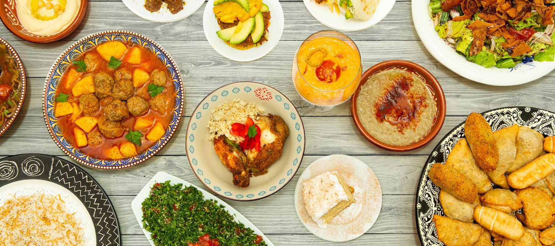 Comida casera hecha por refugiados que puedes pedir a domicilio