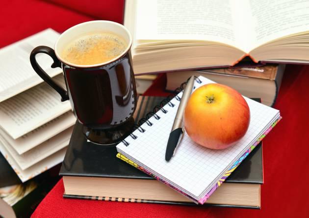 ¿Qué conviene comer cuando estás estudiando?