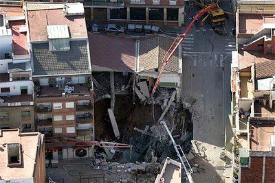 Desalojados En Barcelona 50 Edificios Tras Derrumbarse Un