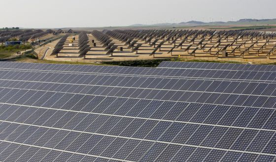 Setting sun? The Monte Alto solar plant in Milagro, Navarre, comprises 889 panels owned by 753 investors.