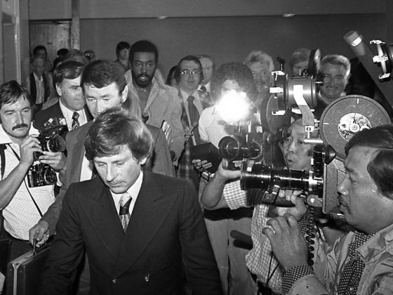 El director Roman Polanski durante el juicio por abuso sexual que se siguió en 1977.