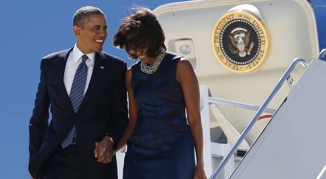 Obama bromea con que dejó de fumar por miedo a su mujer